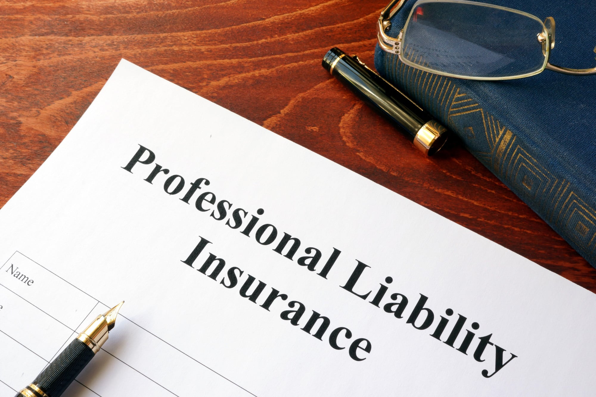 Professional Liability vs General Liability Insurance: What's the Difference?