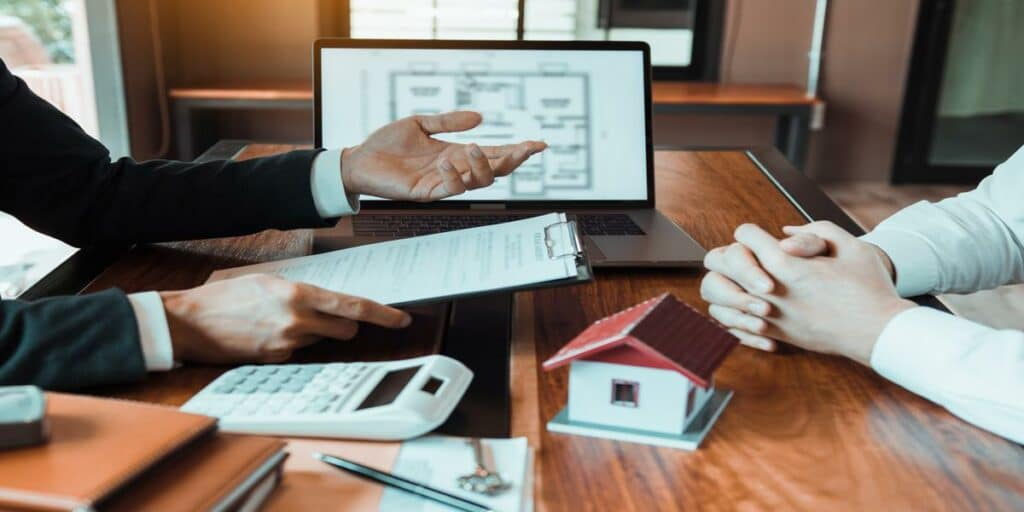 What To Look For When Choosing A Condo Association Insurance Agent?