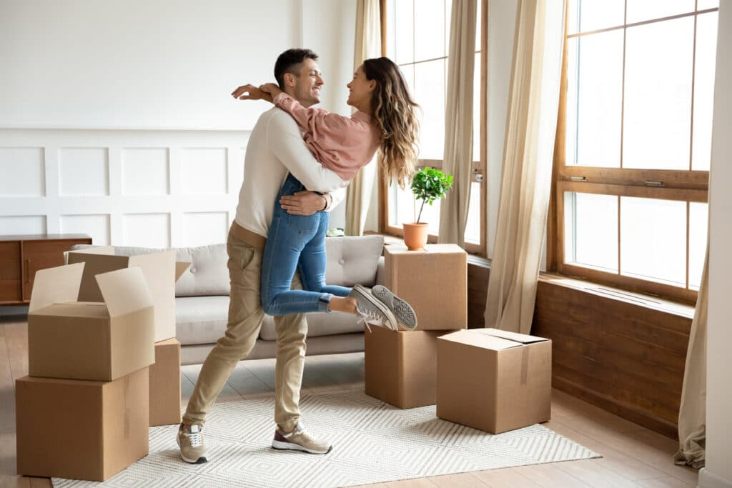 7 Tips for Moving Into Your First Apartment