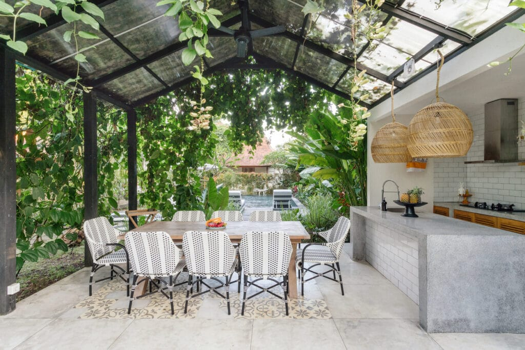 Utilizing the space for outdoor living trends in 2021