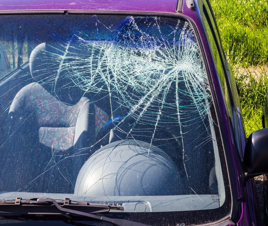 Does Car Insurance Cover My Car Windshield or Glass?